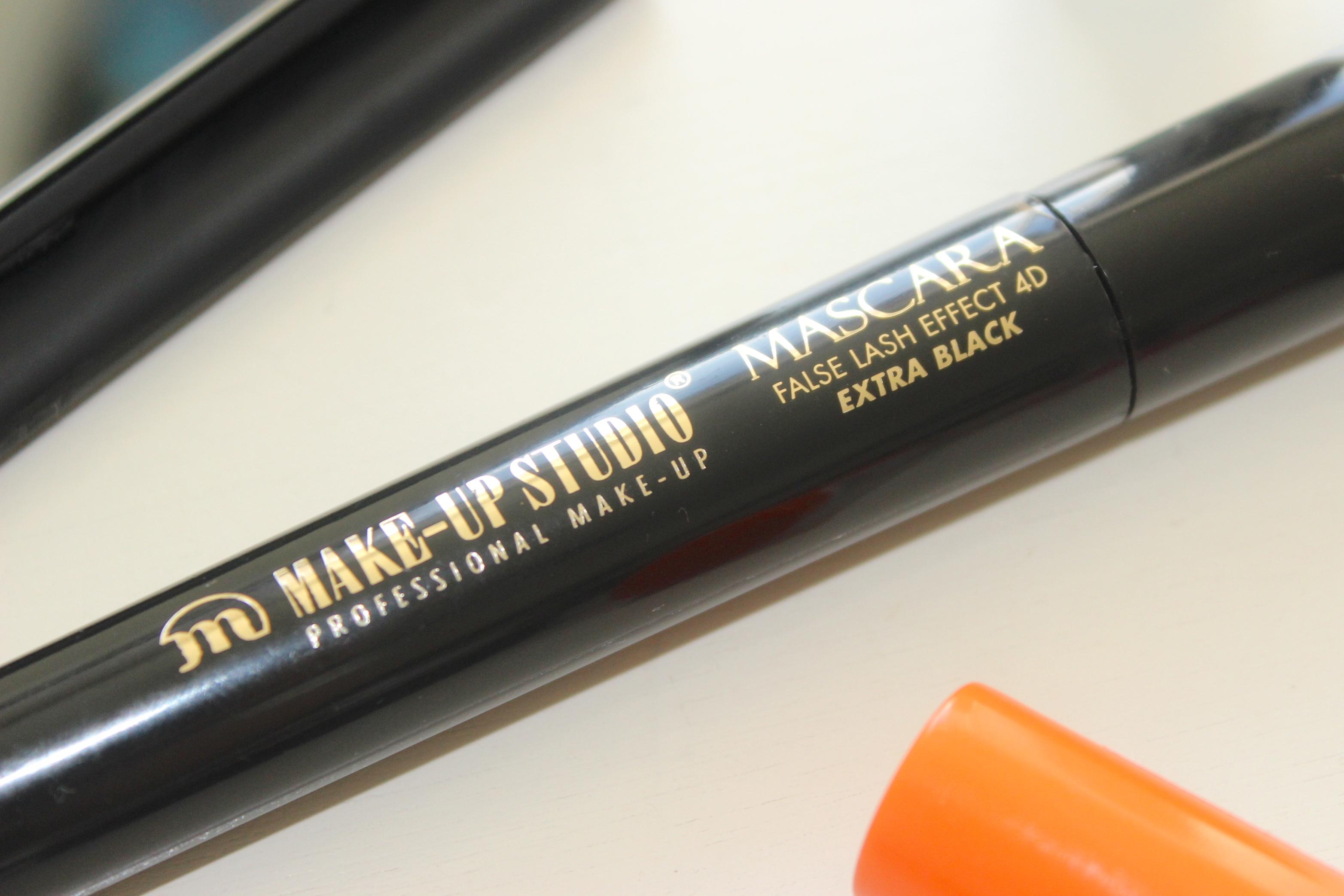 Make-up studio false lash effect 4d exra black mascara