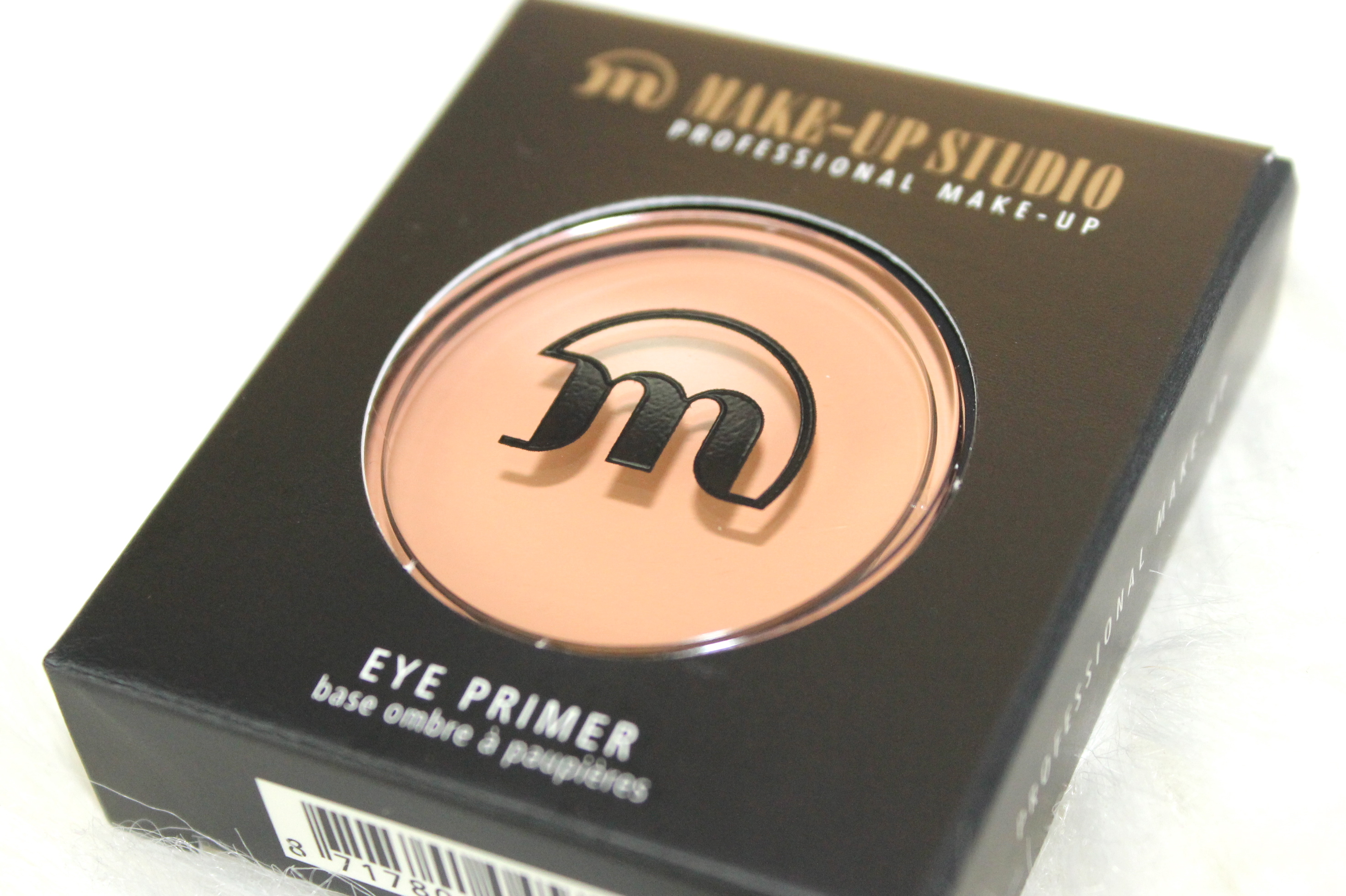 Make-up Studieo eye primer review 1