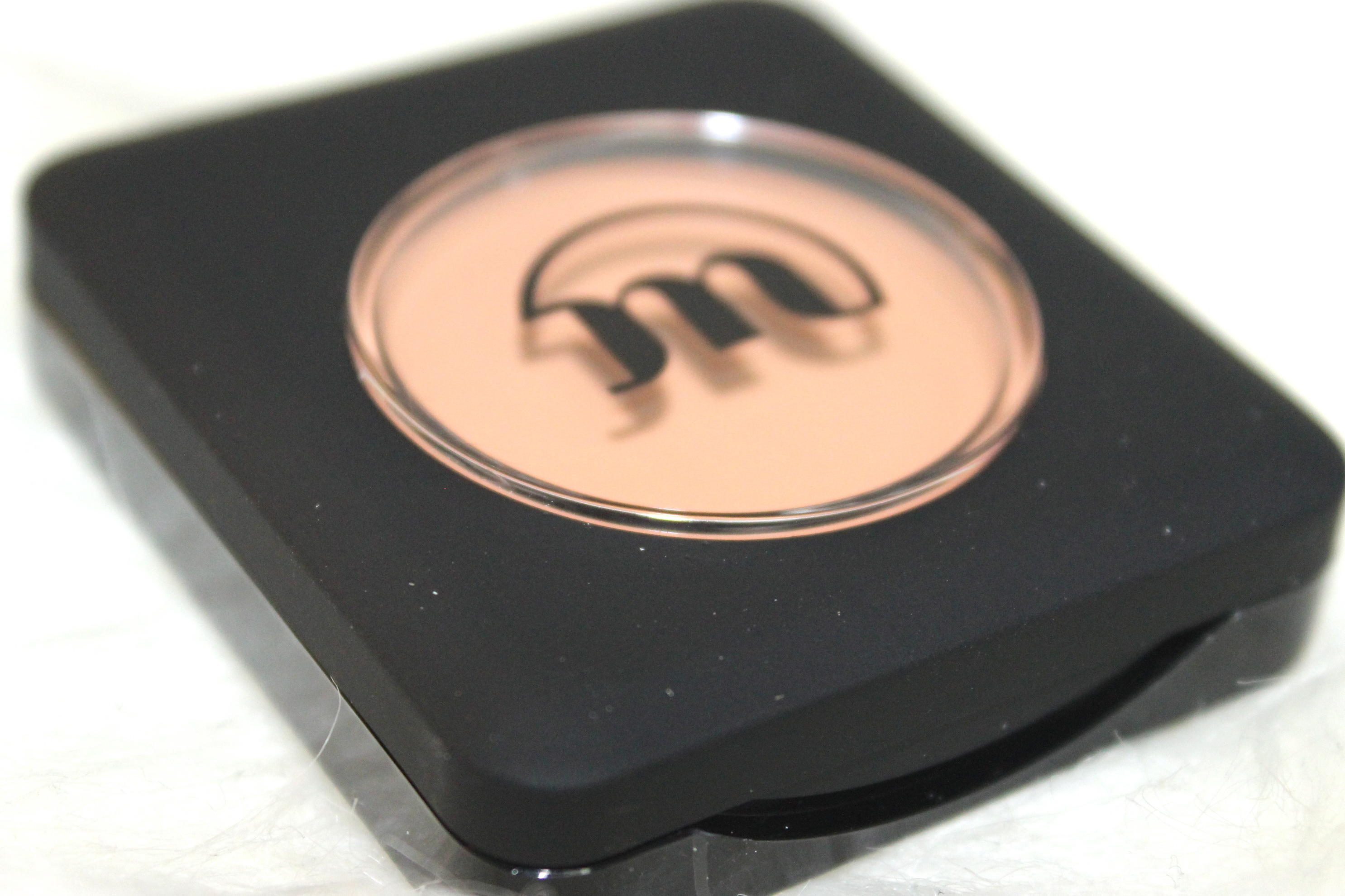Make-up Studieo eye primer review 3