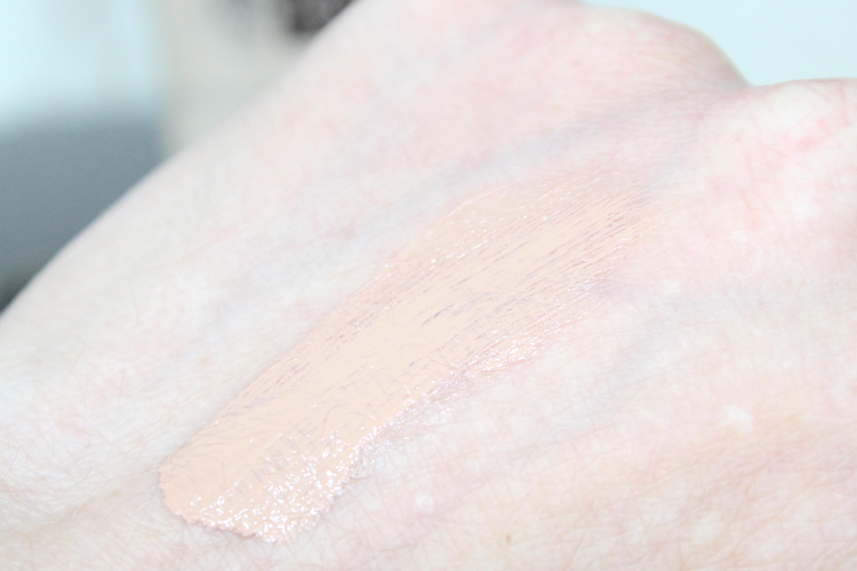 Boots no7 Triple protection tinted moisturiser fair:medium swatch review 1