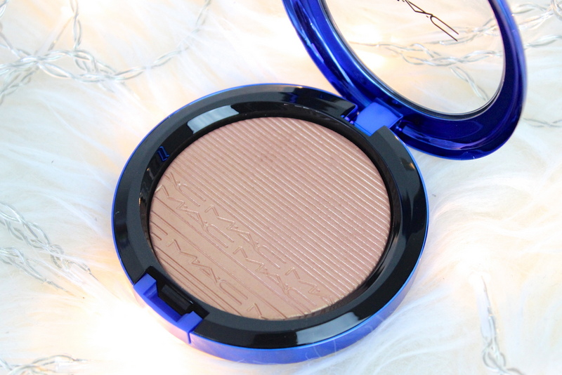MAC Magic of the night Shaft of gold Extra dimension skinfinish review 2