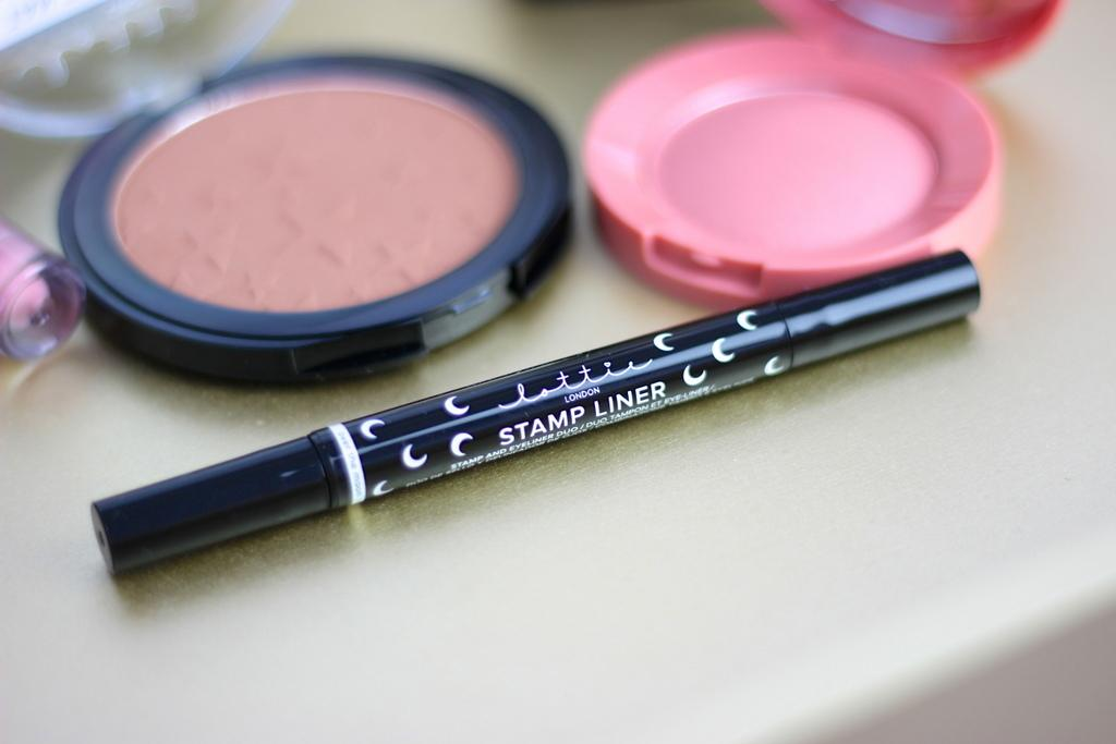 Lottie London Stamp liner review