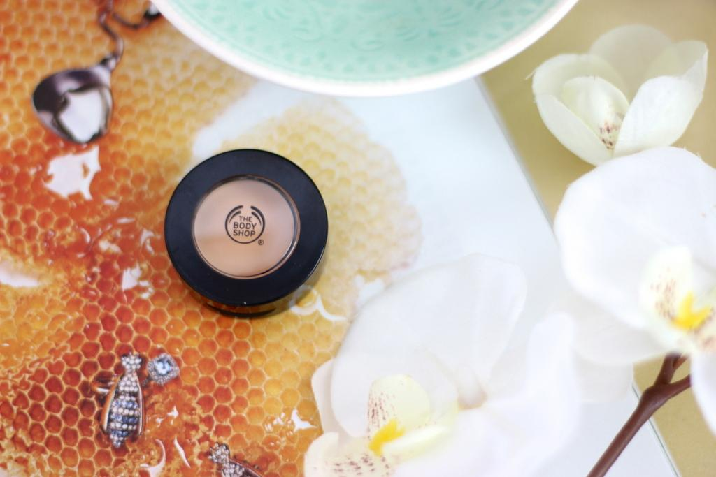 The Body Shop Matte Clay Full Coverage Concealer review