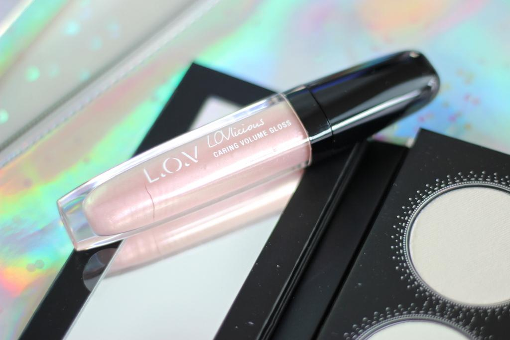 LOVlicious Caring Volume Gloss N121
