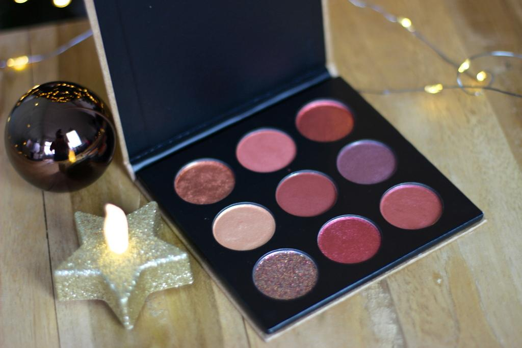 Essence trend edition Ho! Ho! Ho! eyeshadow palette review