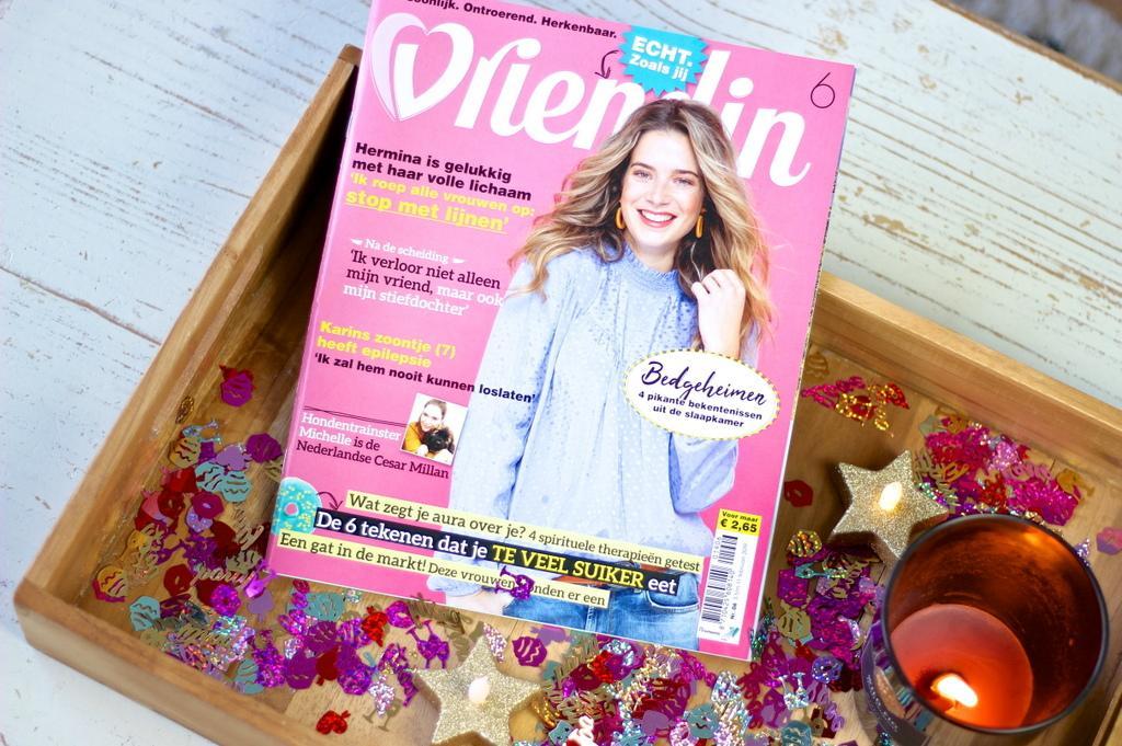 Tijdschrift En Tas Cadeau Prijs Buispalen Heien
